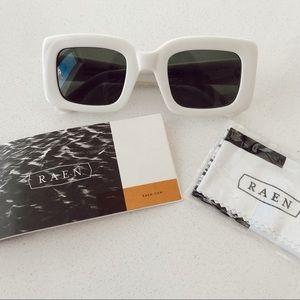 RAEN luxury wig flatscreen square white sunglasses